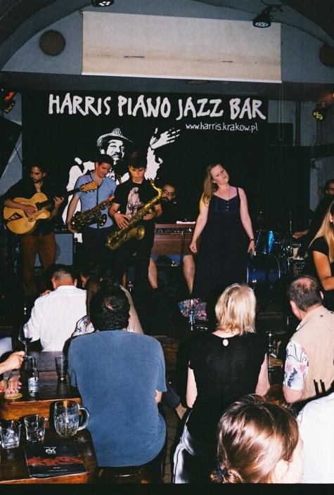 Harris Piano, Krakow